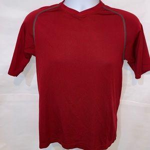 Lululemon wet-dry-warm line men's fitness shirt.